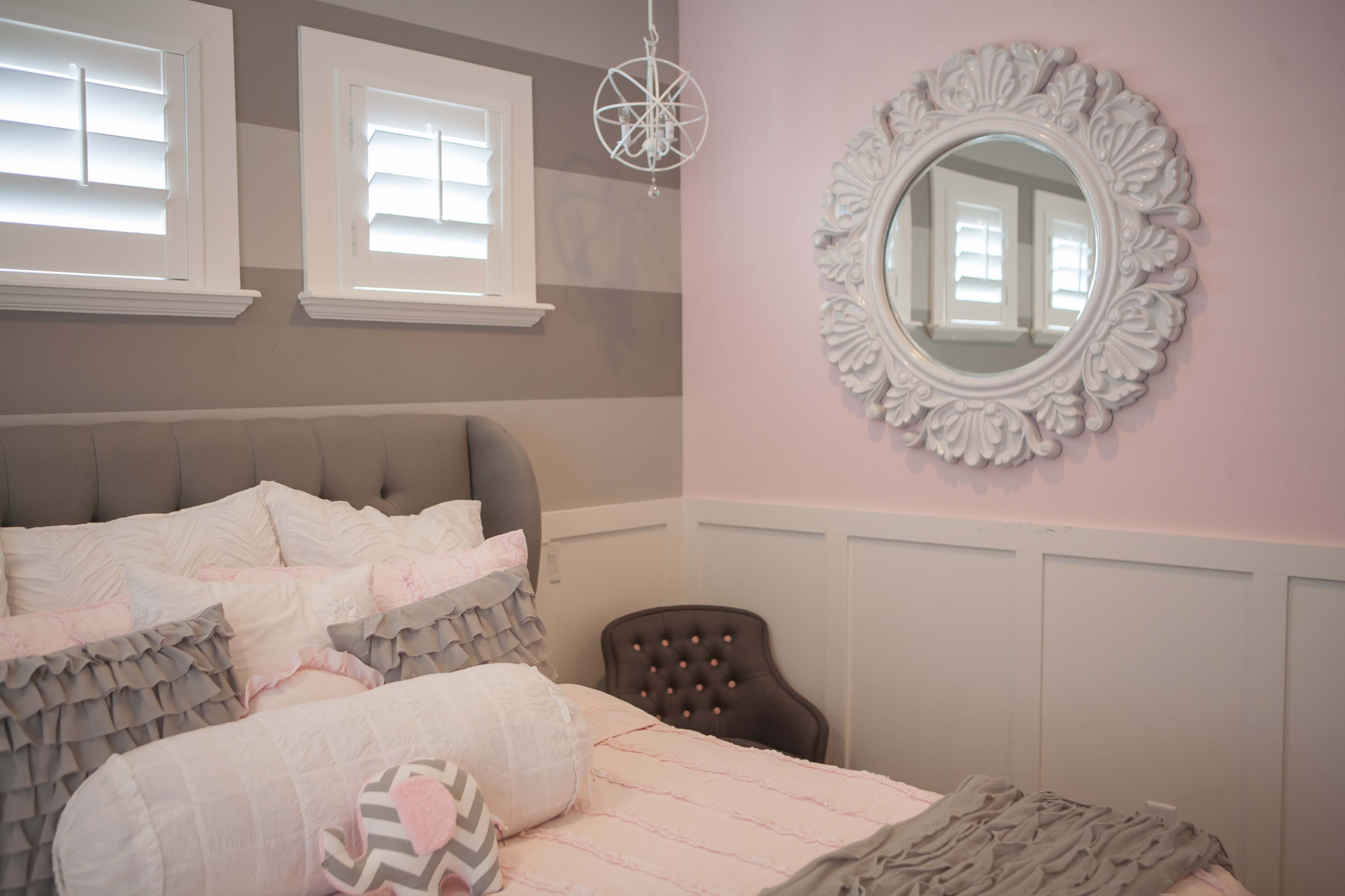 light color wall paint photo - 2