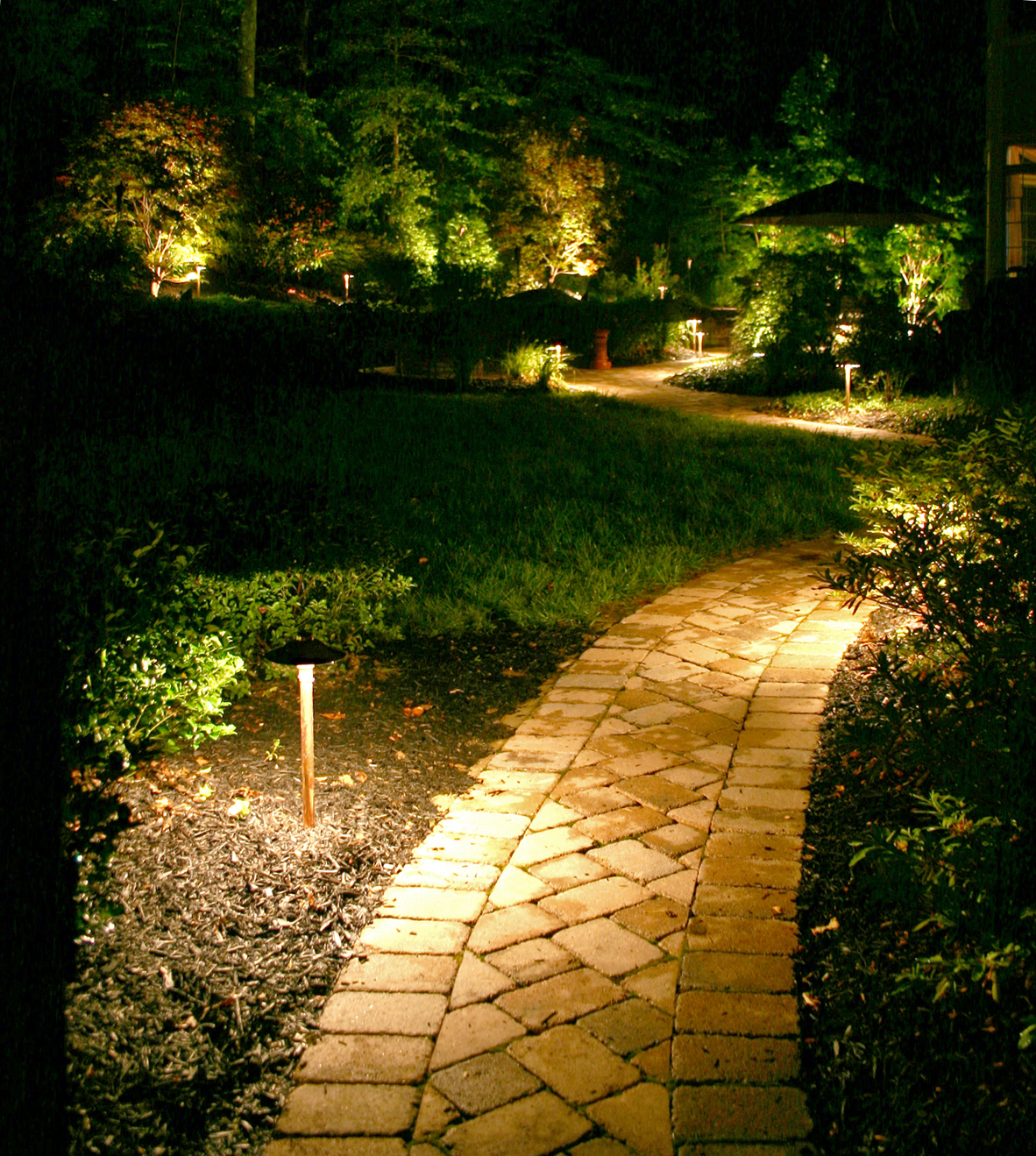 luxury outdoor lighting photo - 9