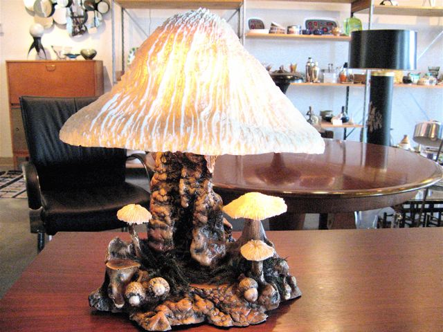 magic mushroom lamp photo - 1