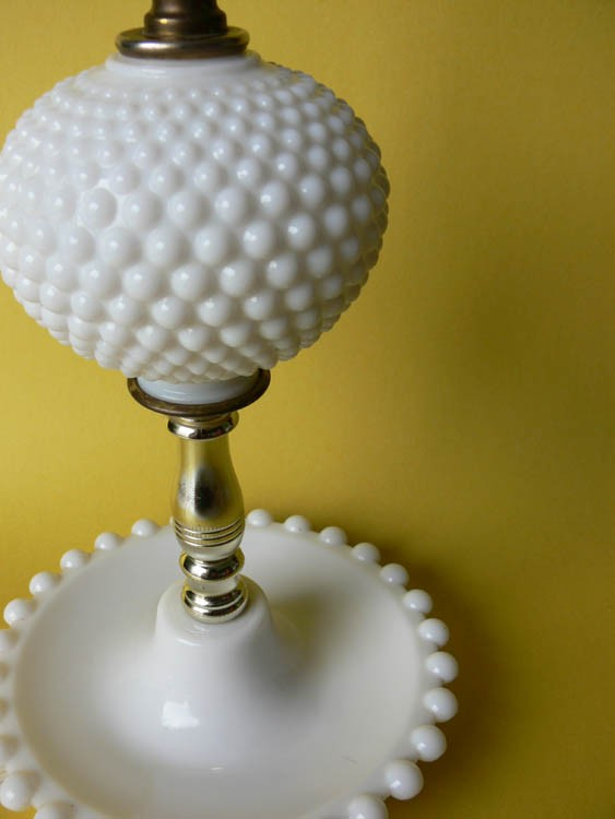 milk glass lamps photo - 4