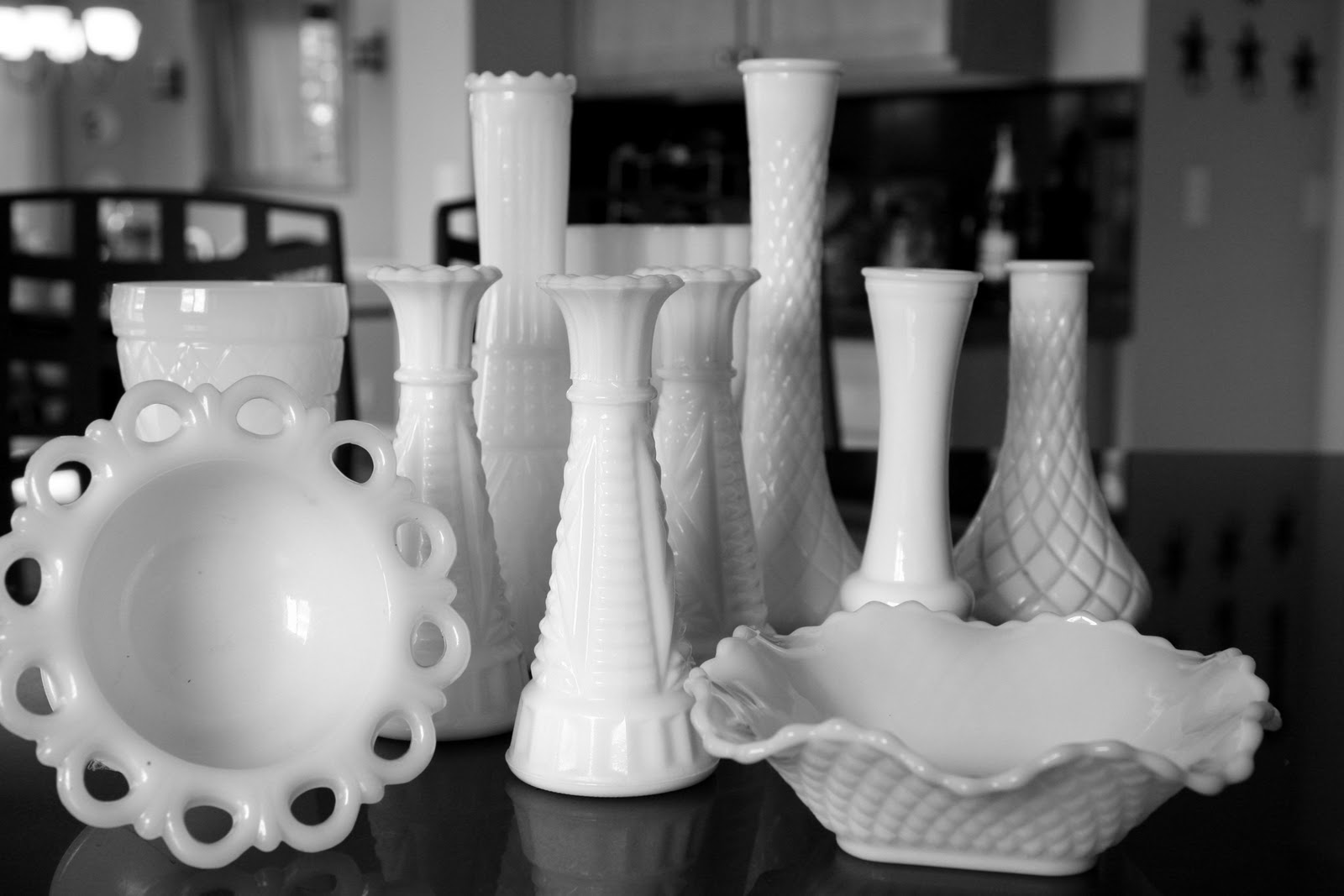 milk glass lamps photo - 5