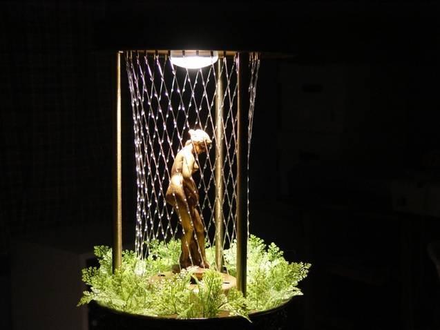 mineral oil rain lamp photo - 5