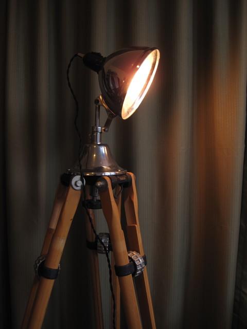 modern tripod floor lamp photo - 1
