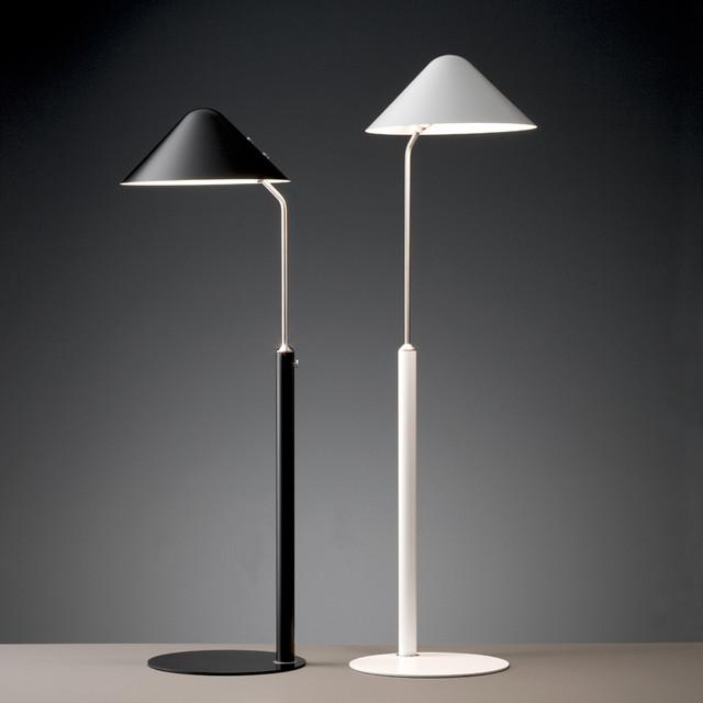 modern tripod floor lamp photo - 8