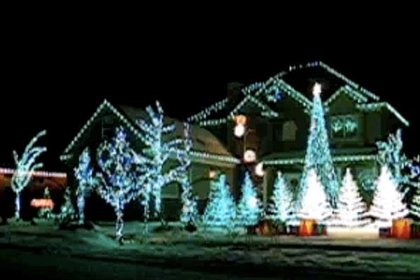 Extra Thing For Your Home Outdoor Christmas Light Display   15 .