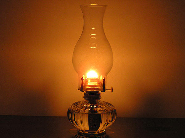 oil lamp glass photo - 2