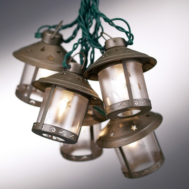 old fashioned outdoor lights photo - 1
