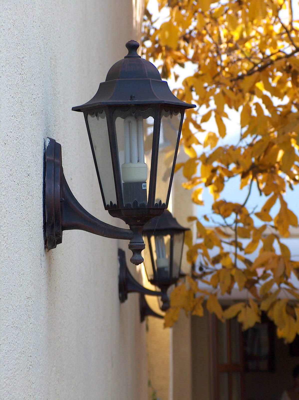 Old Fashioned Outdoor Lights