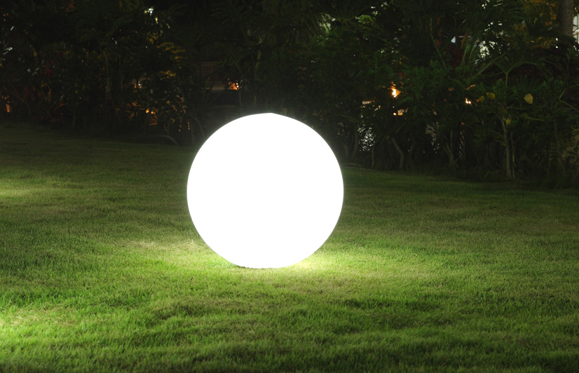 outdoor ball lights photo - 9