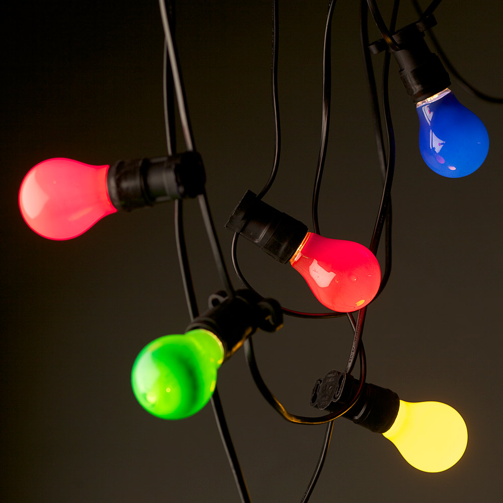 outdoor coloured lights photo - 9