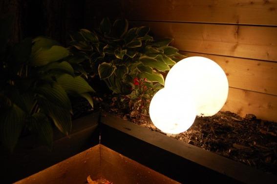outdoor globe lights photo - 10
