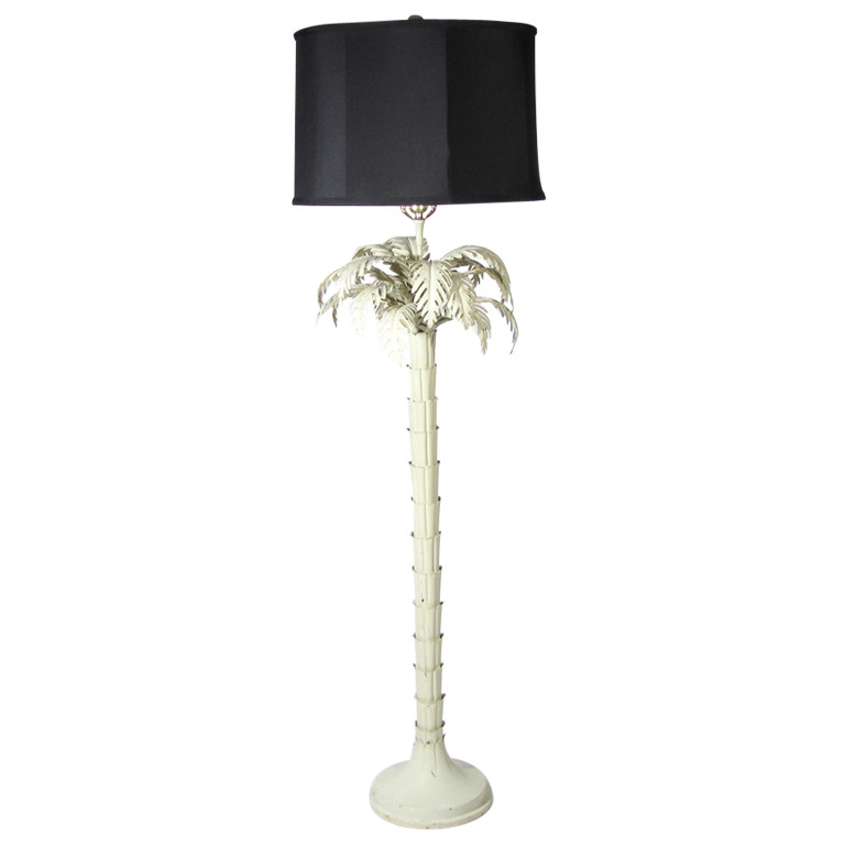 outdoor palm tree lamp photo - 5