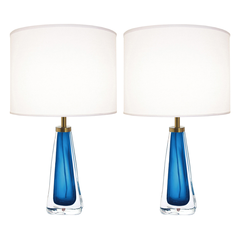 pair of lamps photo - 10