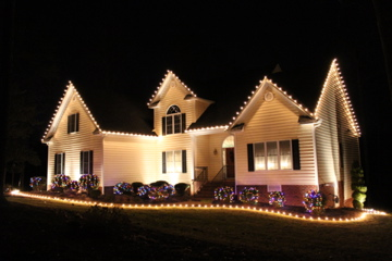 professional outdoor christmas lights photo - 6
