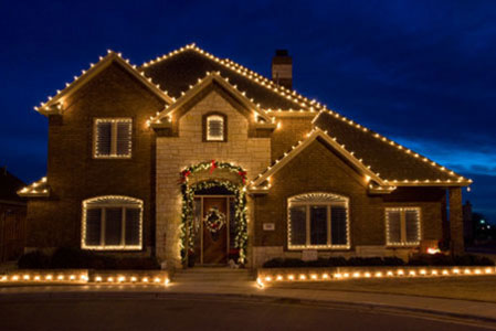 professional outdoor christmas lights photo - 9