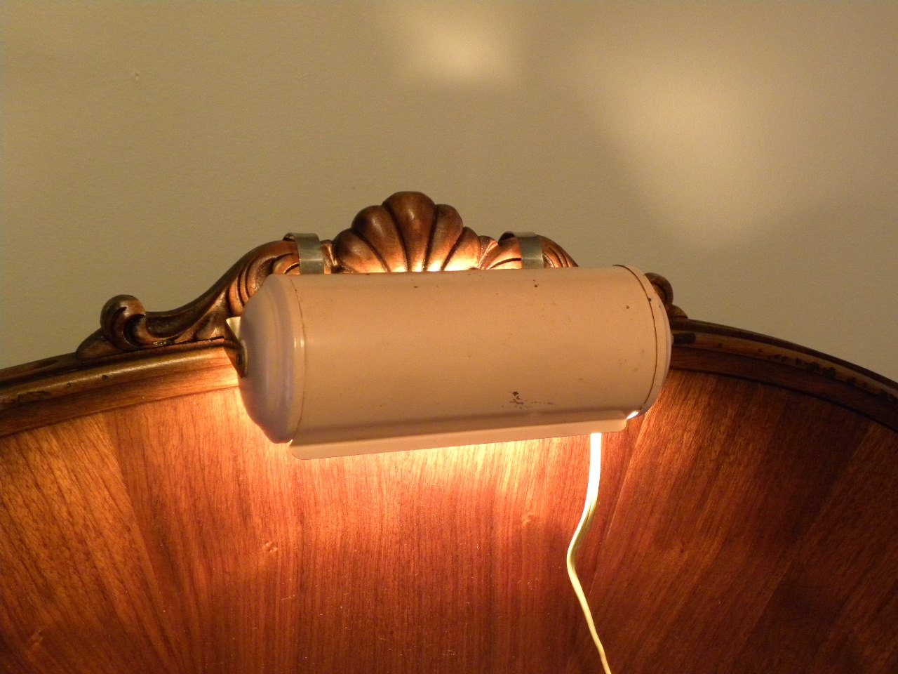 reading lamp bed photo - 4