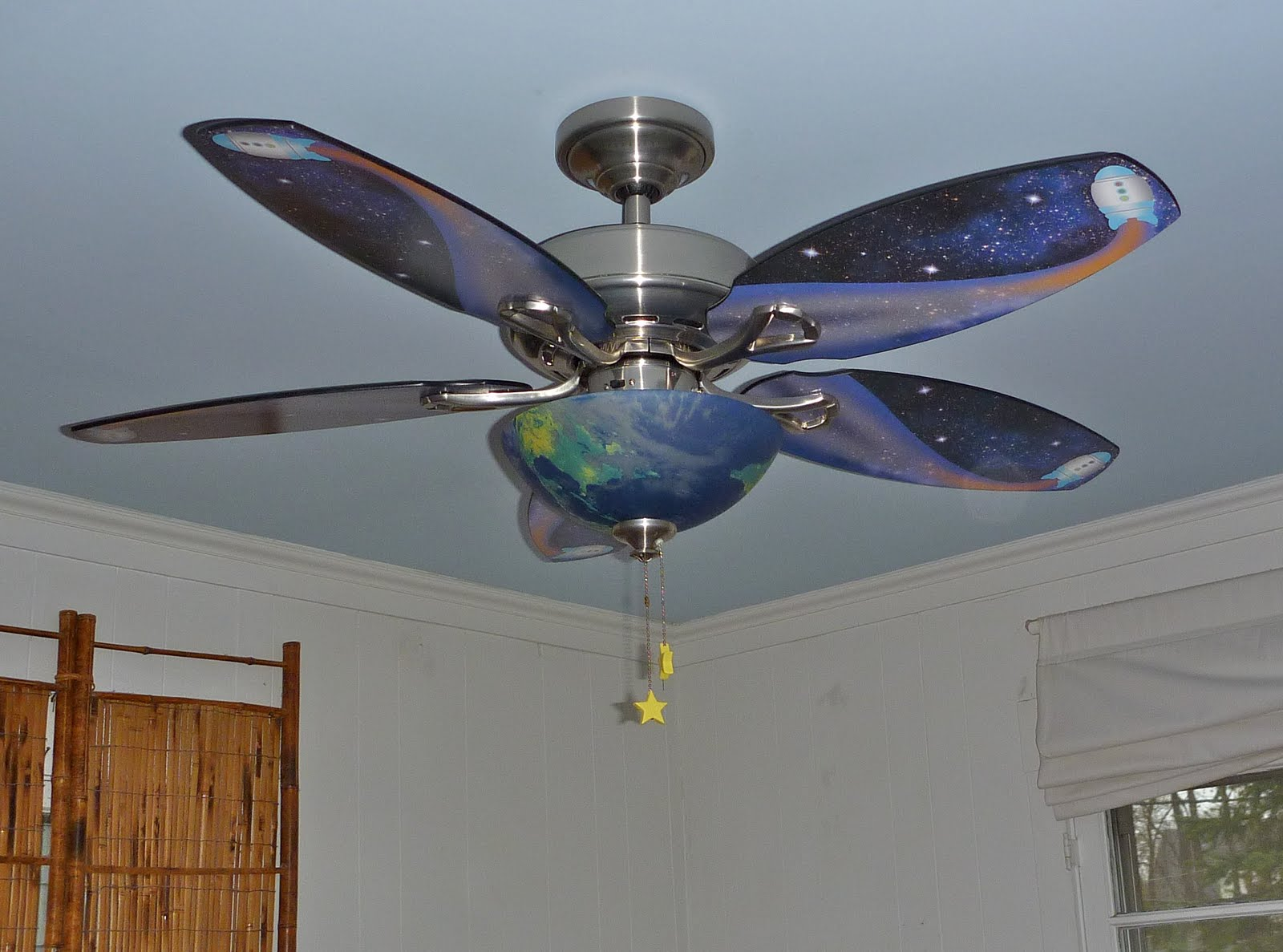 rocket ship ceiling fan photo - 9