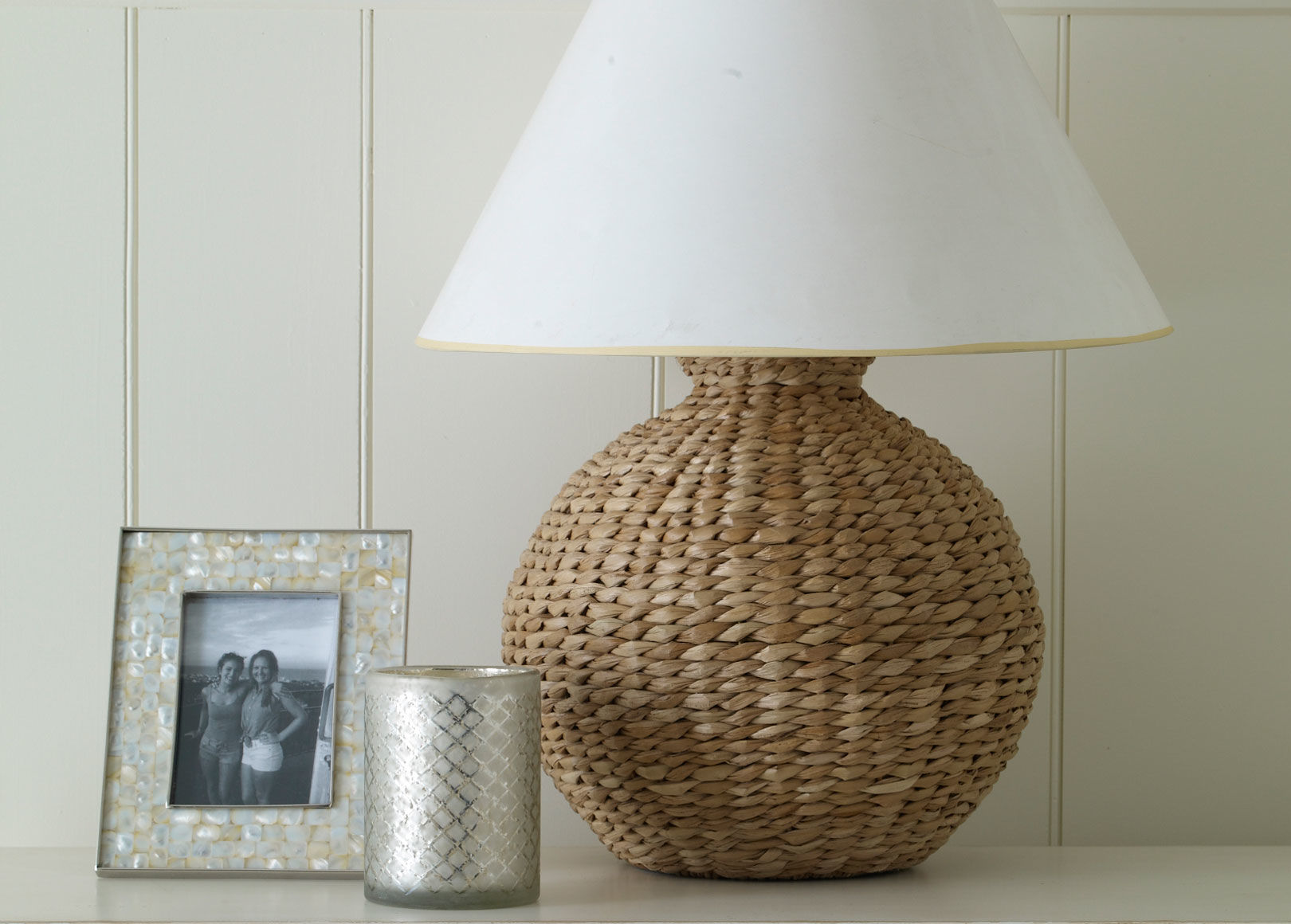 seagrass table lamp photo - 2