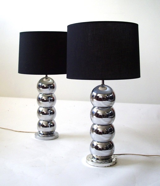 stacked ball lamp photo - 1