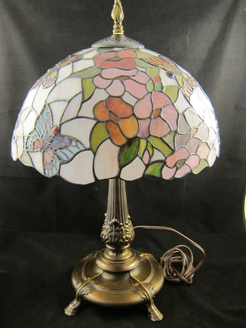 stained glass butterfly lamp photo - 2