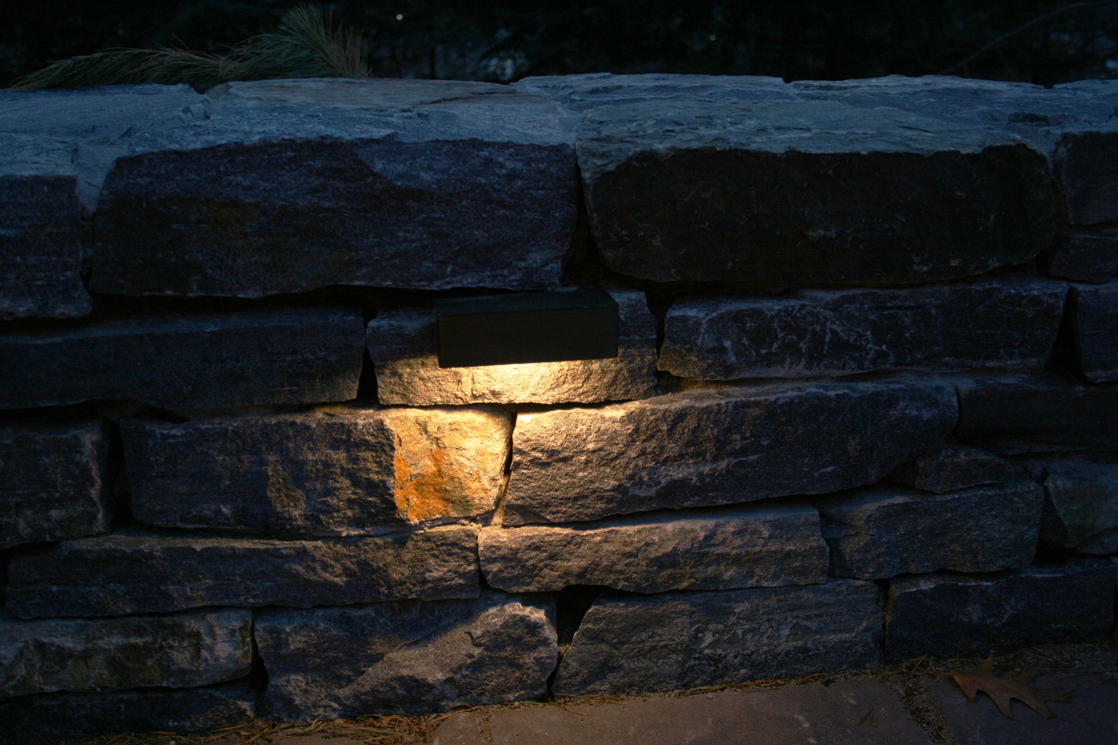 stone wall lights photo - 4
