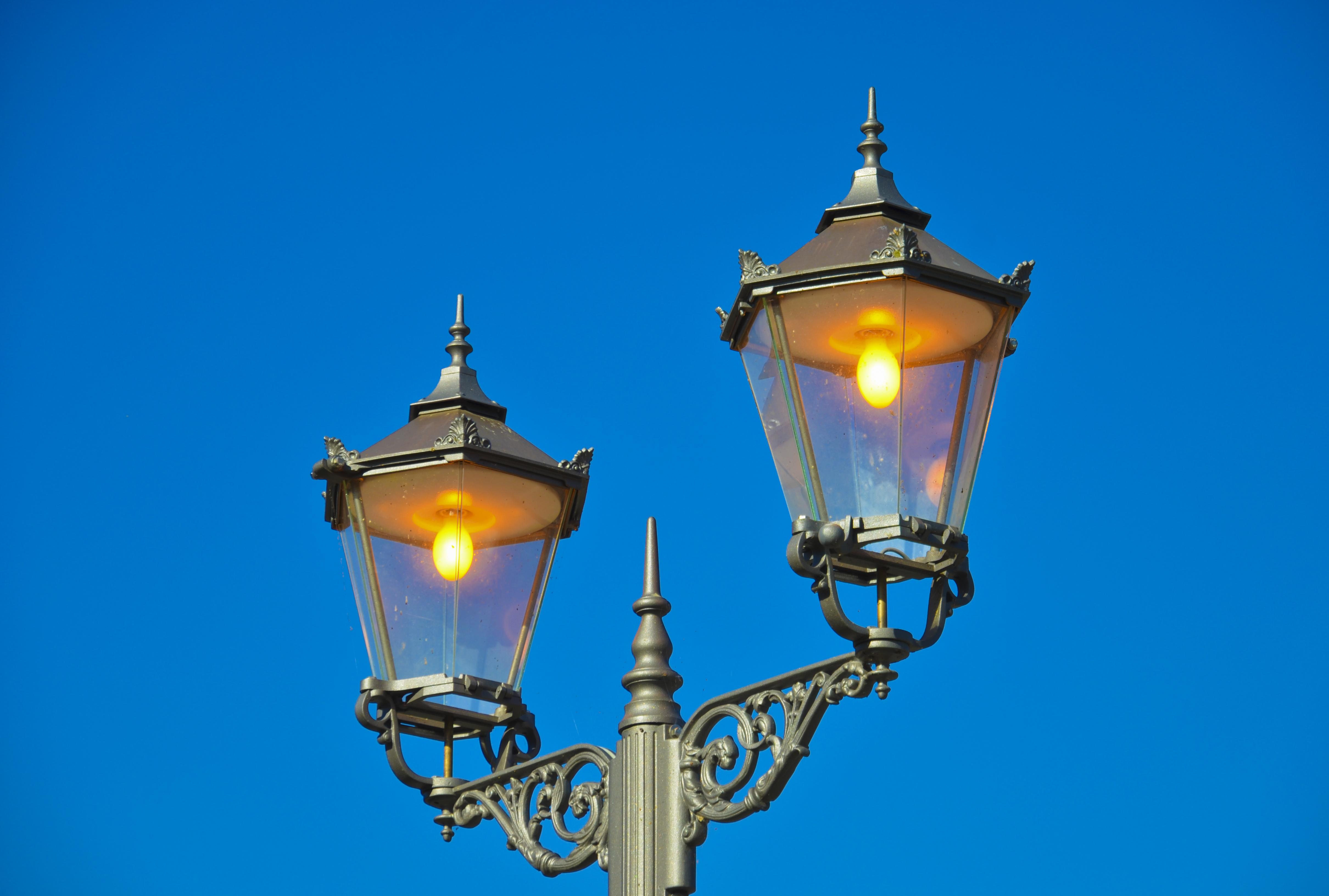 street lamp photo - 2