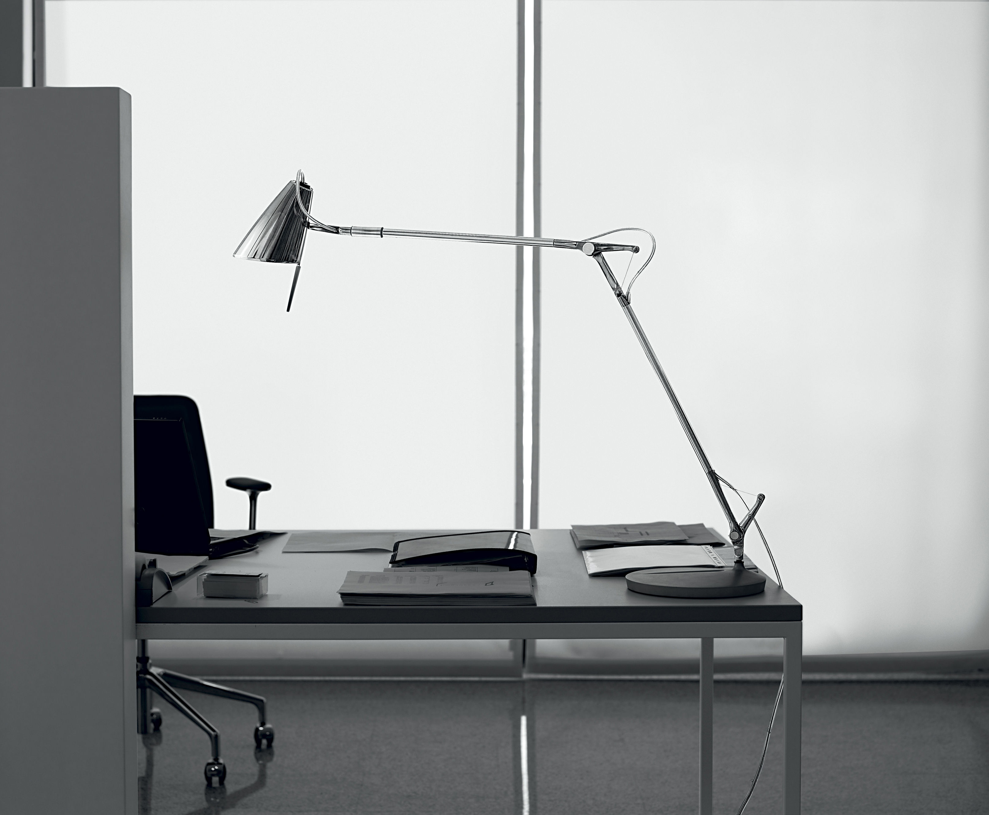 task lamps photo - 10