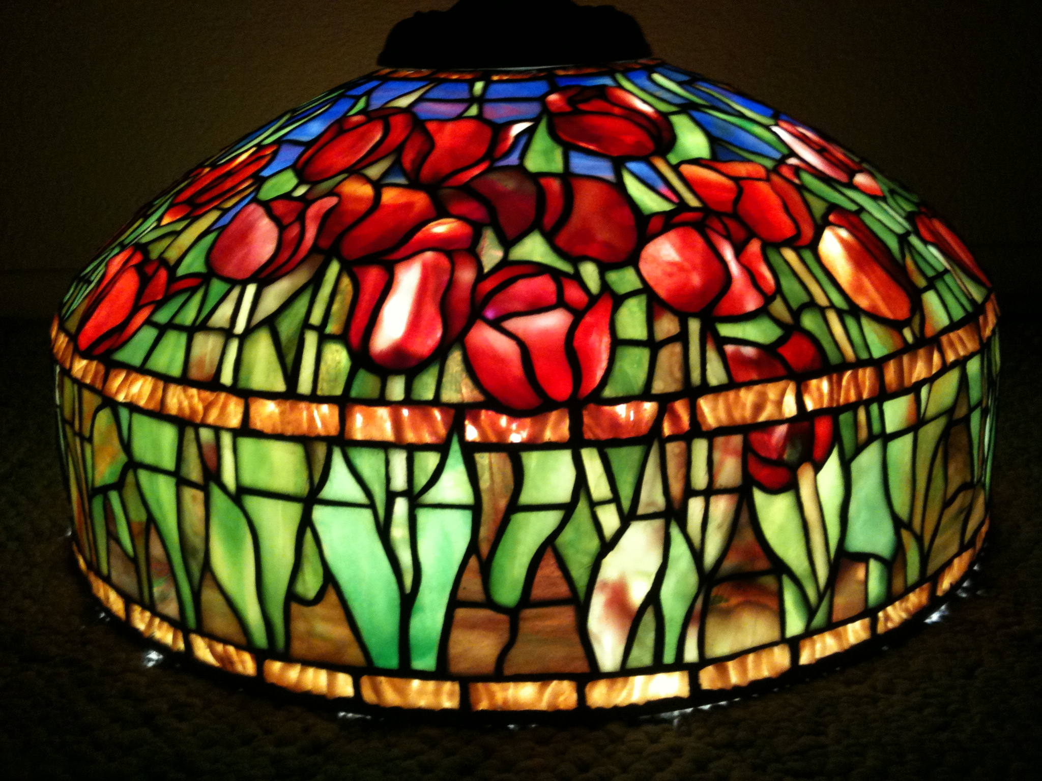Tiffany stained glass lamps 10 reasons to