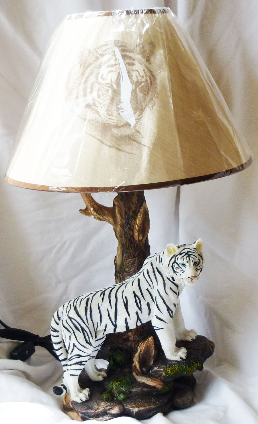 tiger lamp photo - 6