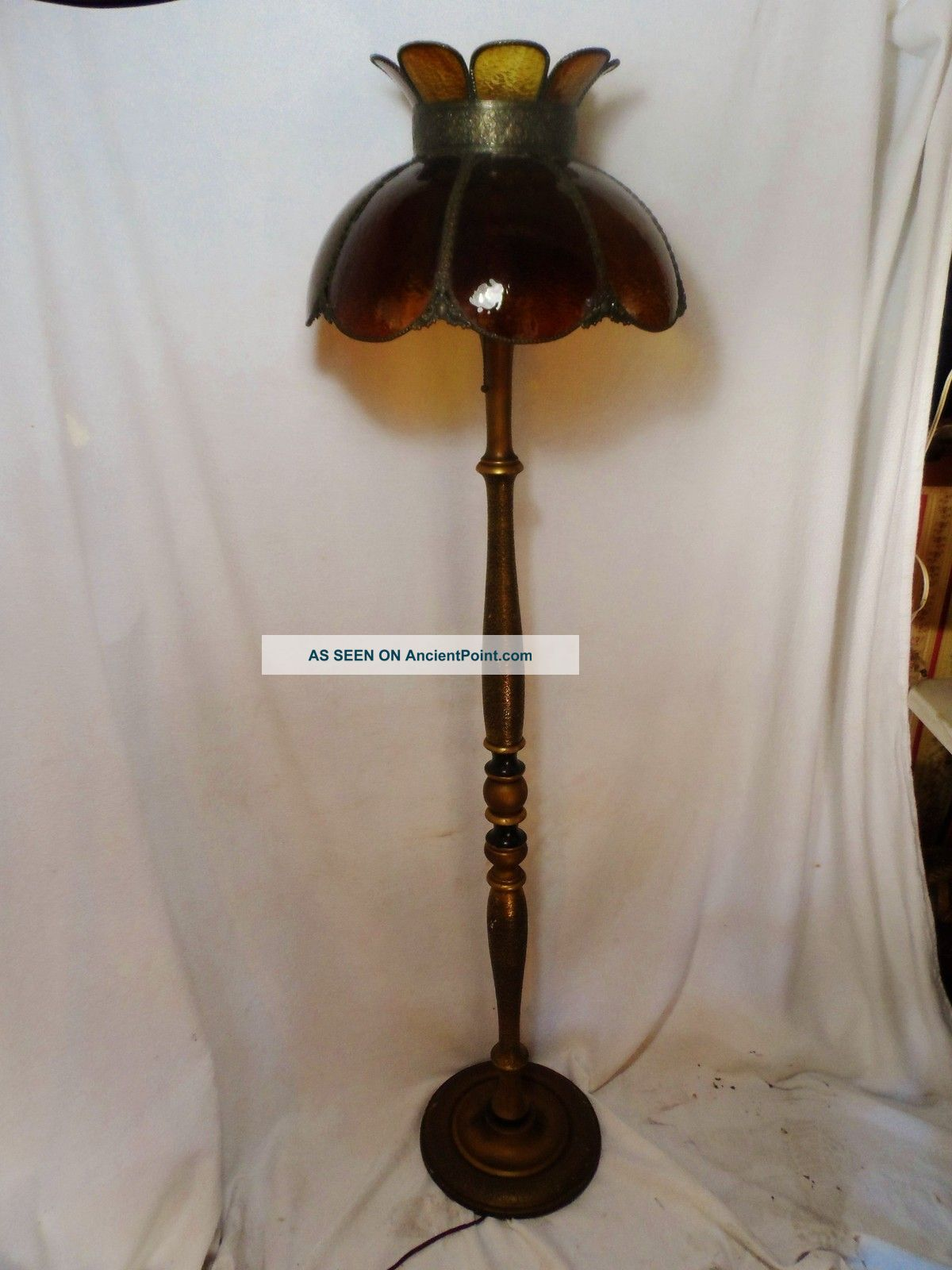turned wood lamp photo - 4