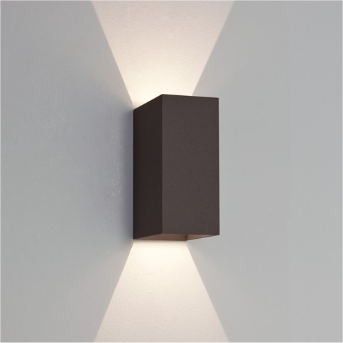Up down outdoor wall light 10 ways that you can light up for Exterior up down wall light