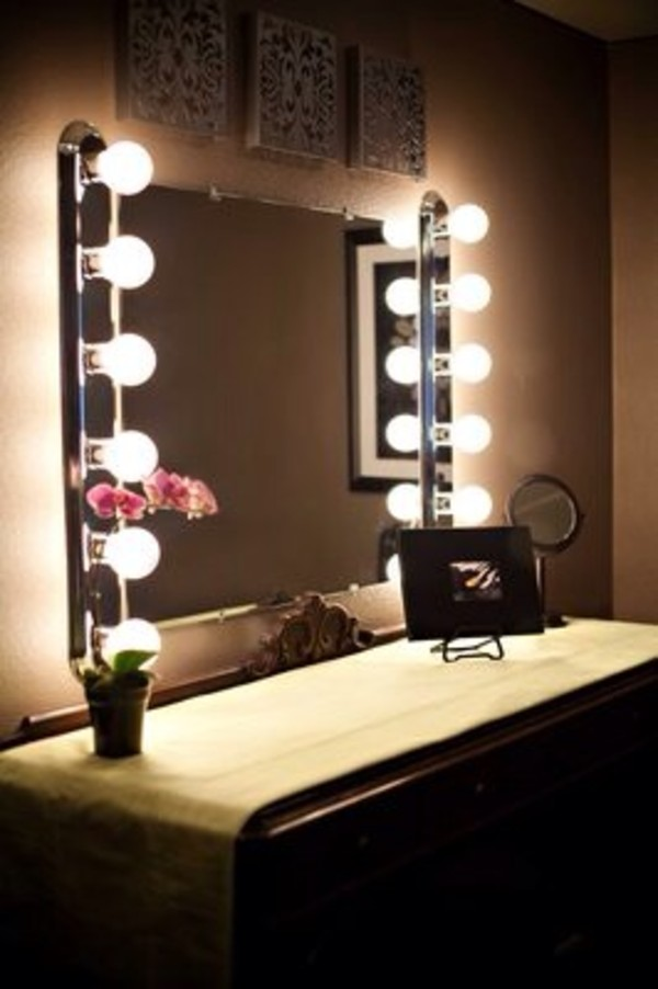 Vanity Wall Mirror With Lights Warisan Lighting