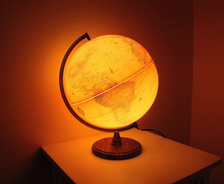 Vintage globe lamp | Warisan Lighting