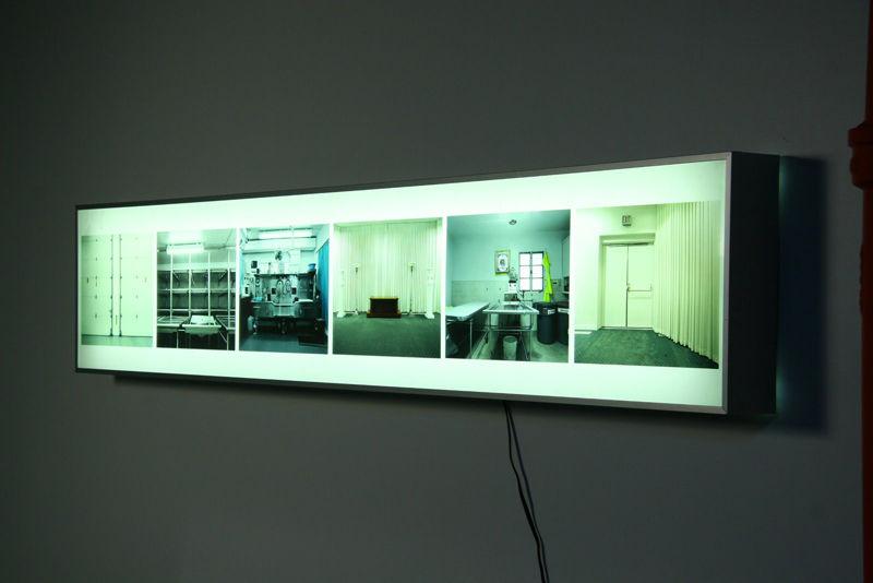 wall mounted light box photo - 3