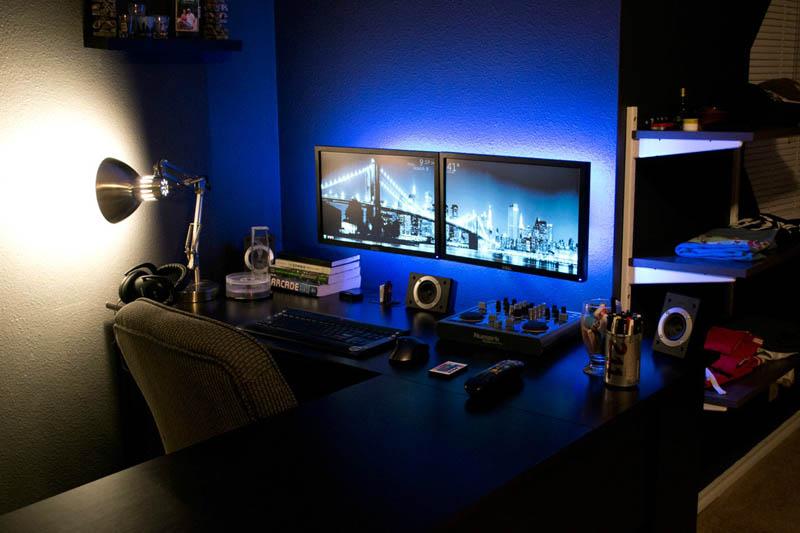 wall mounted work light photo - 3
