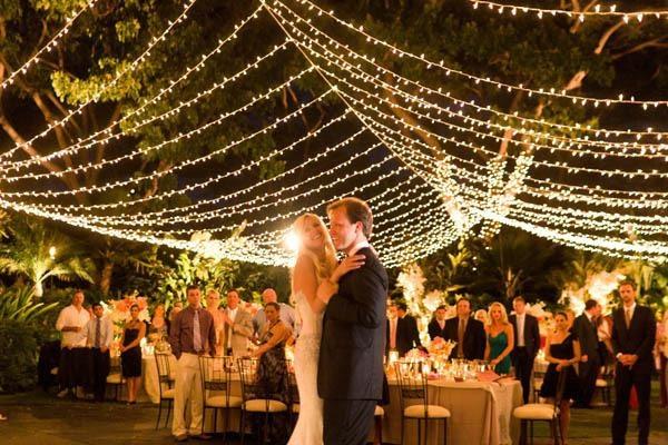 wedding outdoor lights photo - 3