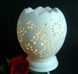 white ceramic lamps photo - 10