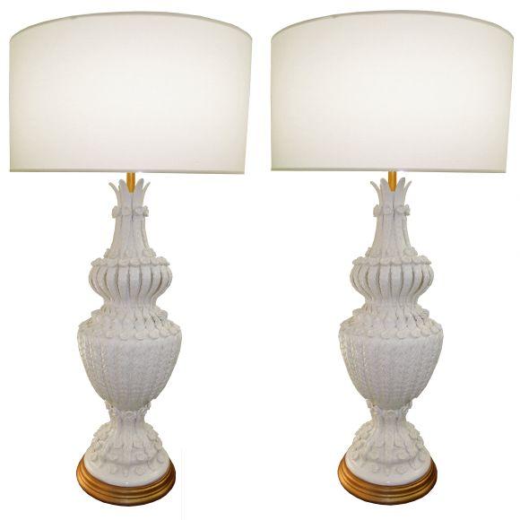 white ceramic lamps photo - 8