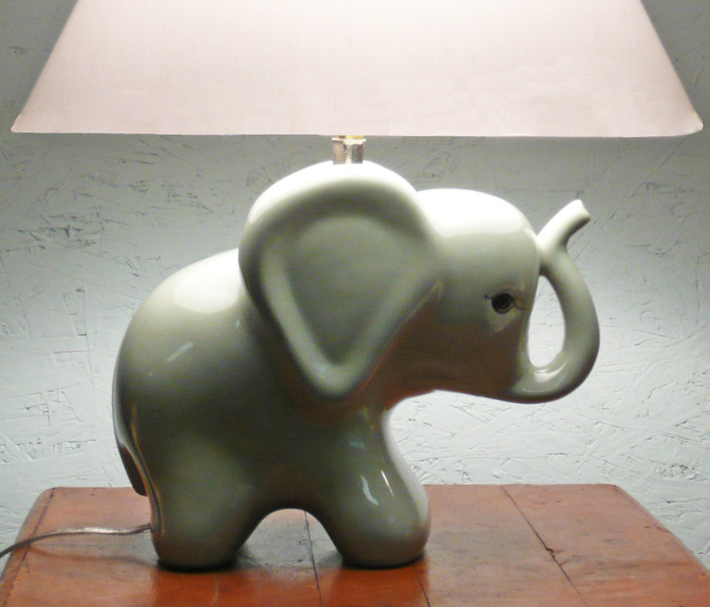 white elephant lamp photo - 7
