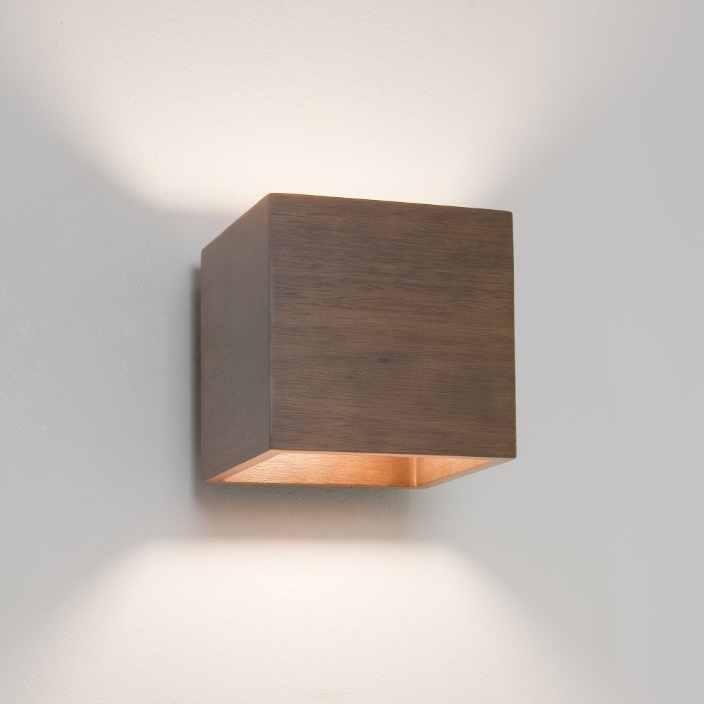wooden wall lights photo - 1