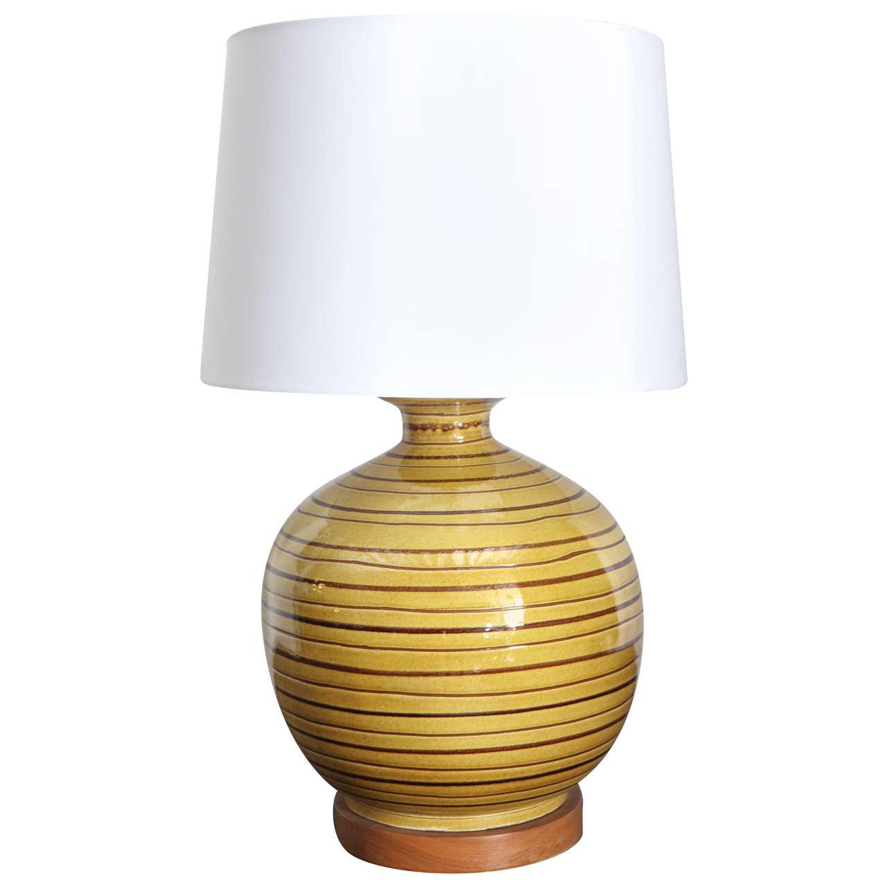 yellow ceramic lamp photo - 9
