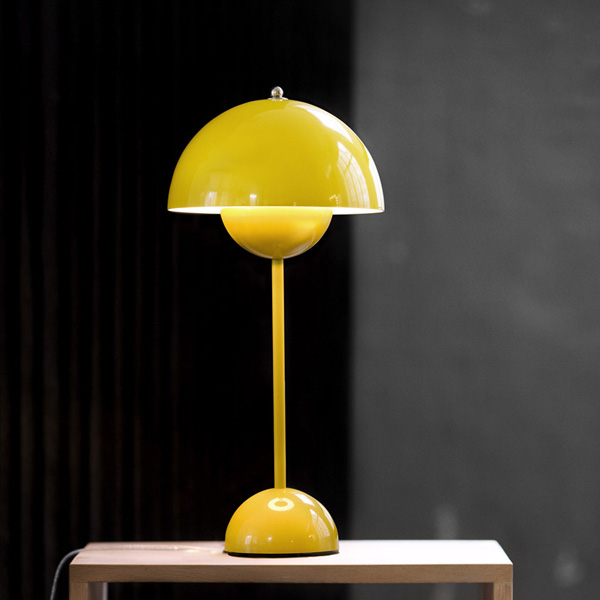 yellow table lamps photo - 10