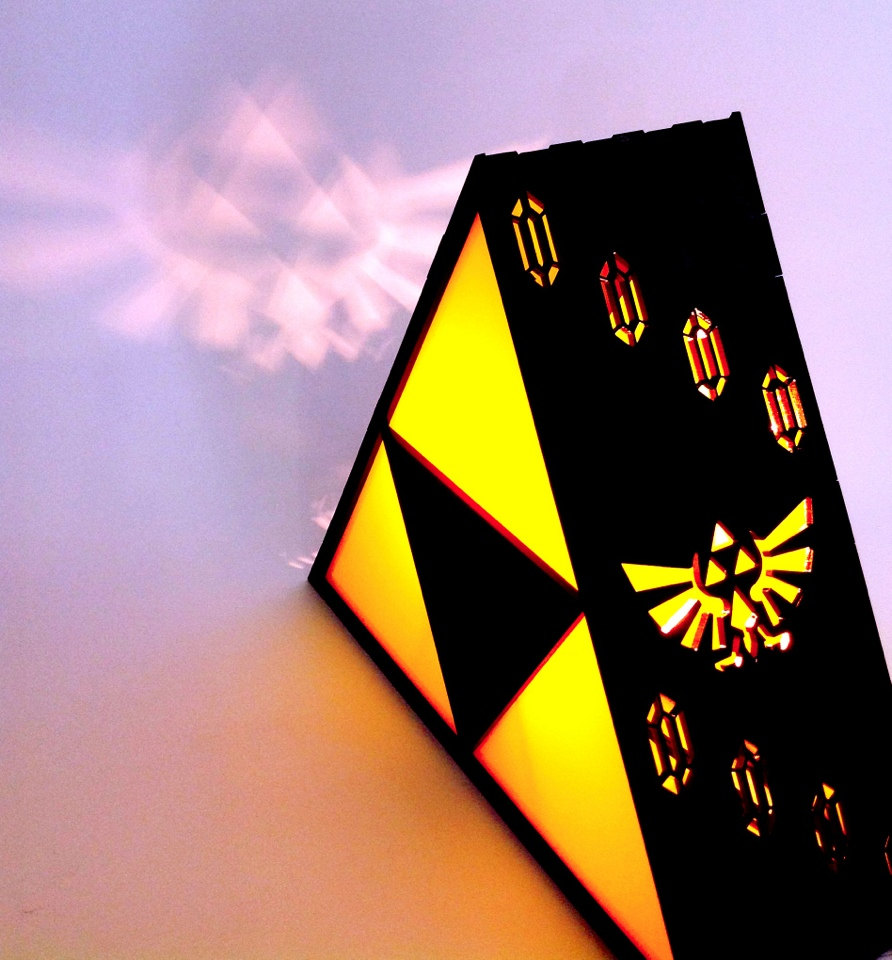 zelda triforce lamp photo - 1